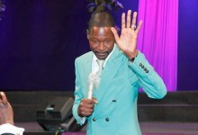 Photo of Zim prophet, Makandiwa, urges Africans not to take the COVID vaccine