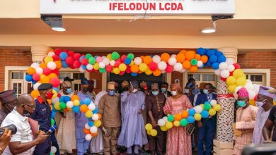 Photo of Sanwo-Olu Commissions Health Centre in Honour Bola Tinubu