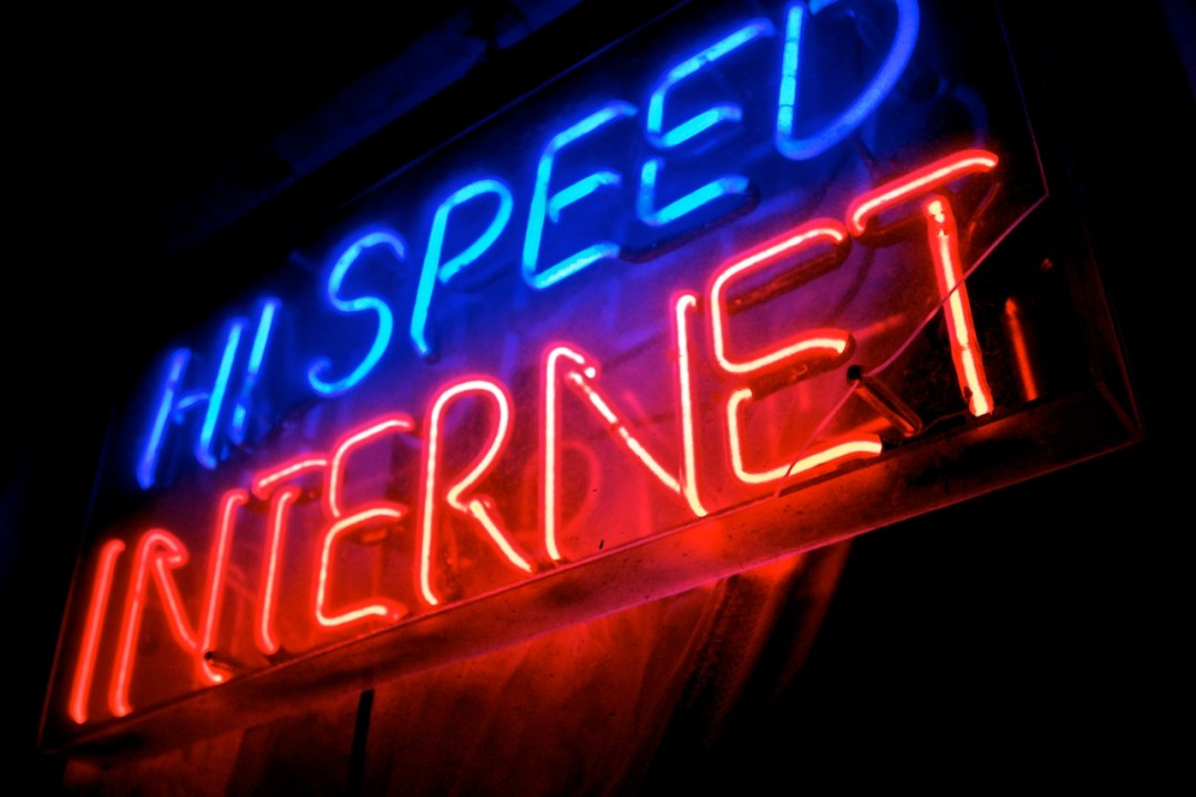 Hi_Speed_Internet_Neon_Sign_Minneapolis_4573842992