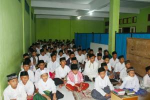 Sambut Santri Baru, Ponpes Al-Hamidiyah Cipancur Langsungkan MPLP