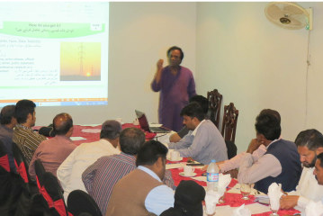 """Training Session for Journalists in Sialkot on """"News Accuracy"""""""