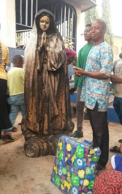 Woman Sets  statue of Virgin Mary Ablaze In Enugu (Photos)