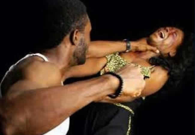 Wife beater stabs co-tenant for rescuing her from his brutality