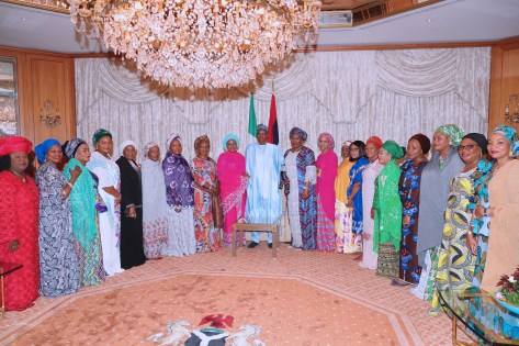 PRESIDENT BUHARI RECEIVES SOME WOMEN ON SALLAH HOMAGE AT THE RESIDENCE. JUNE 15 2018.