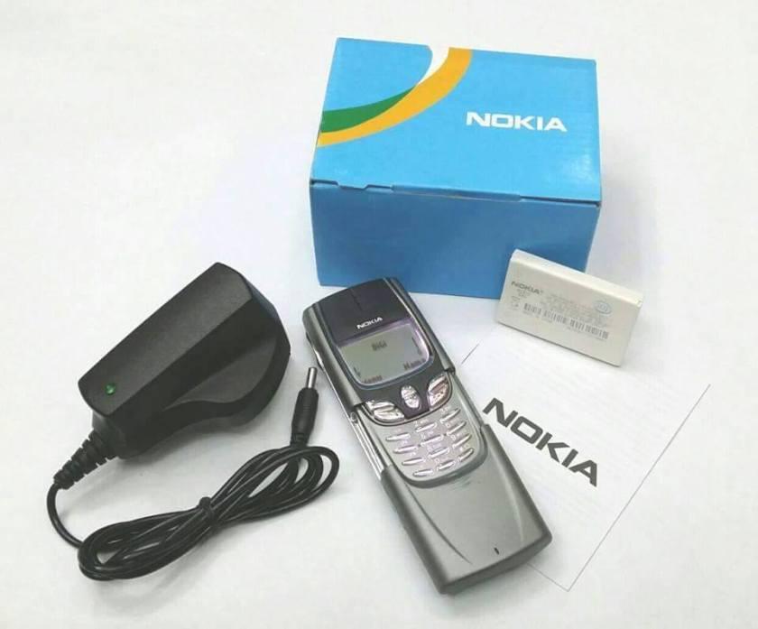 Nokia-8910