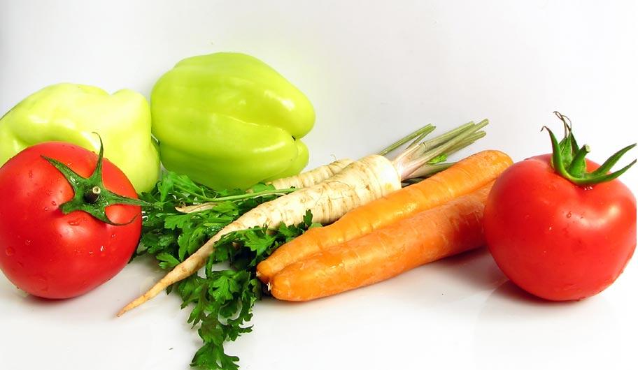 sayuran organik segar