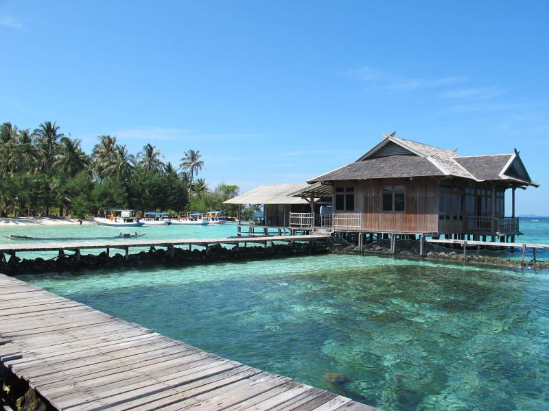 Pulau Tengah karimun jawa