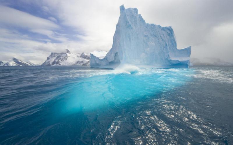 mencairnya gunung es