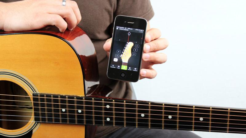 Menyetem Gitar dengan Instrument Lain