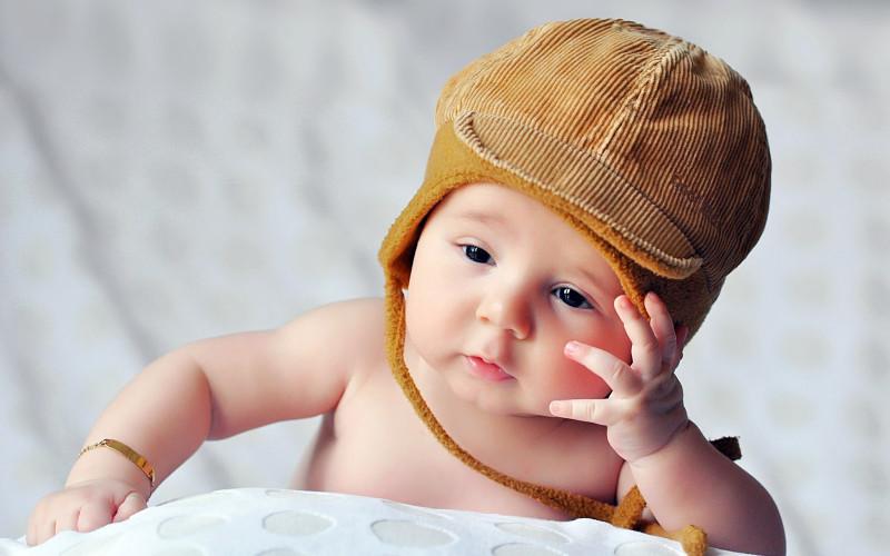 Nama Bayi Laki Laki islami Modern dan Artinya