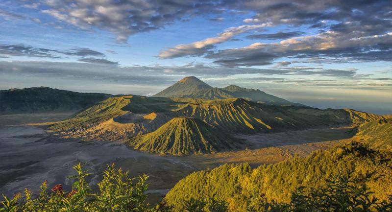 Kaldera gunung semeru Tengger