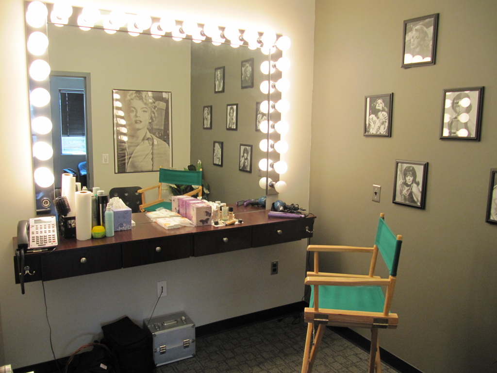Green Room, Client Offices, Make-up, Kitchen, and more ... on Make Up Room  id=79089