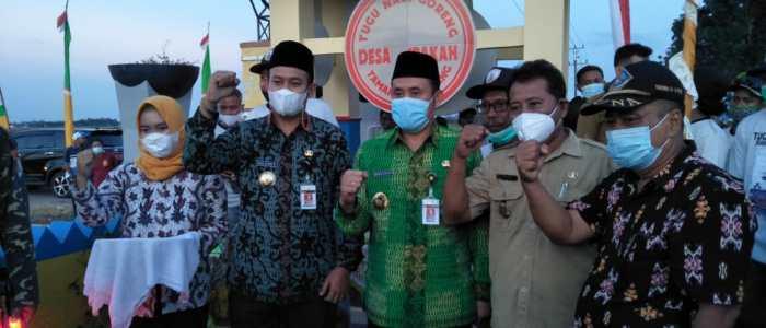 Bupati Pemalang dan Wakilnya Resmikan Tugu Nasi Goreng Di Desa Jrakah.