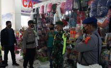 Permalink ke Operasi Ketupat Candi, Polres Batang dan Kodim 0736 Gencar Kampanyekan Prokes