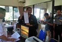 Bawaslu Tabanan melaporkan kasus pengerusakan surat suara ke SPKT Polres Tabanan