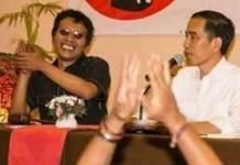 Presiden Joko Widodo bersama Adian Napitupulu