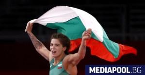Трети медал за България: Тайбе Юсейн с бронз в борбата