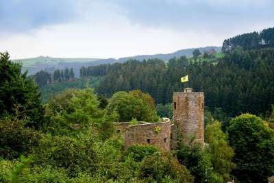 Burg-Reuland_chateau