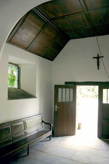 chapelle_farnieres_interieur