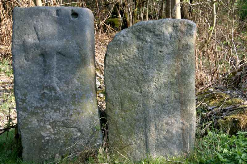 Enigme : d'étranges croix, à Burtonville.
