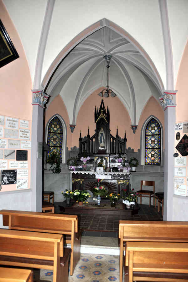 chapelle-tinseubois-bancs