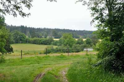balade_petit-tier_arrivee_village_burtonville