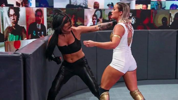 WWE स्टार्स मैंडी रोज और सोन्या डेविल रियूनाइट शेयरिंग बिकनी फोटो 4