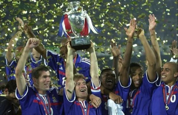 Euro-2000-France-vainqueur-e1457636129877
