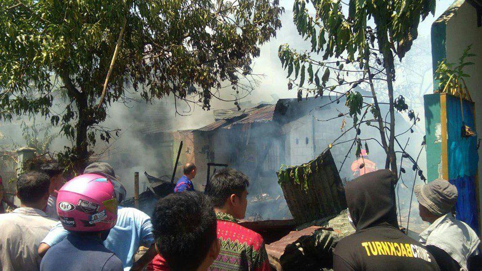 Api Hanguskan 1 Rumah di Komplek Unhas Antang