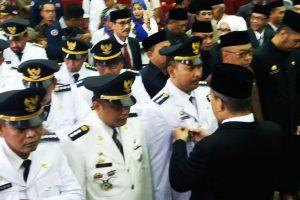 Lantik Eselon III dan Direksi Perusda, Danny Harap Pejabat Jangan Hindari Media
