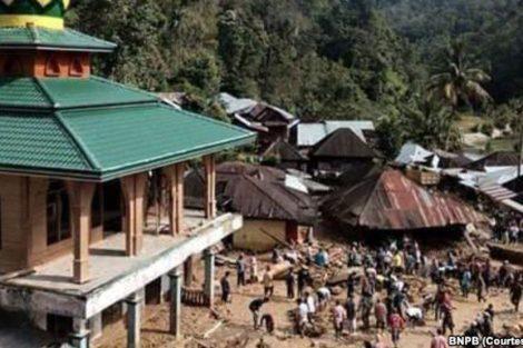 Akses Jalan dapat Ditembus, 17 Korban Banjir Bandang Berhasil Dievakuasi