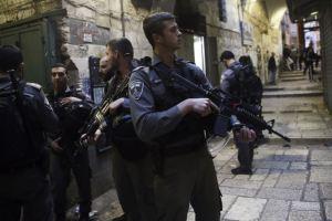 Polisi Israel Vs Para Pendeta Kristen Koptik, Bentrok di Yerusalem