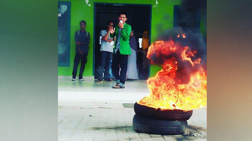 Diduga Selewengkan Anggaran, Mahasiswa IAIN Bone Demo Kampus