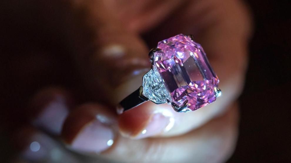 Wow, Berlian Ini Terjual dengan Harga 737 Miliar Rupiah