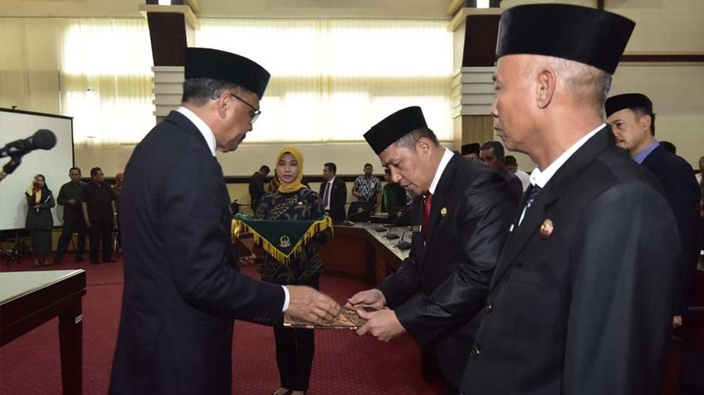 Lelang Jabatan dinilai Formalitas, Gubernur Lantik Dua Orang Dekatnya