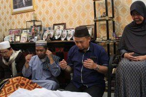 Penjabat Wali Kota Makassar Melayat Mendiang Mantan Sekda Sidrap