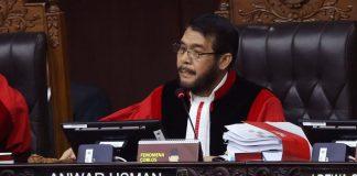 Pernyataan Pembuka Sidang Ketua MK Menggetarkan Hati