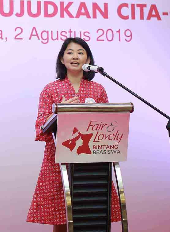 50 Perempuan Muda Berprestasi Indonesia Menerima Beasiswa dari Unilever