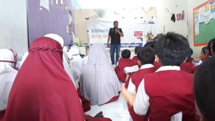 Peduli Gaza, SDIT Insantama dan Yatim Mandiri Gelar Sedekah Dongeng (5)