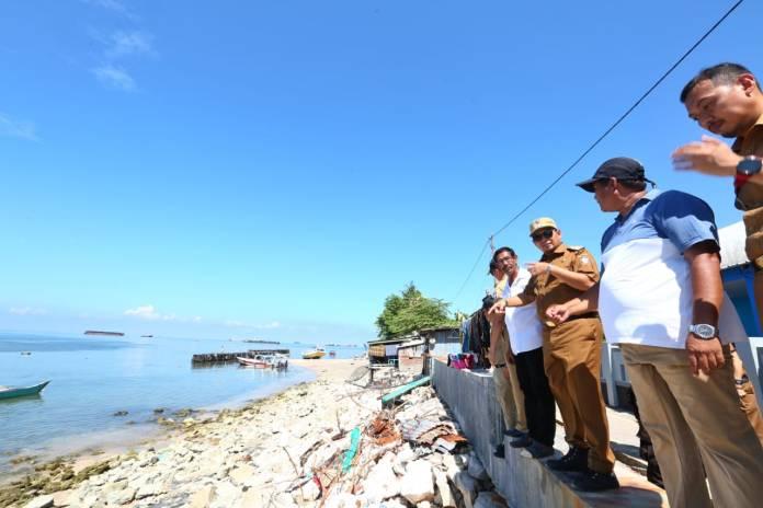 Iqbal Tinjau Lokasi Pemecah Ombak di Pulau Lae-Lae