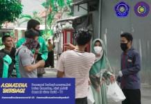 Asmadina Unismuh Makassar Bagi Ratusan Nasi Bungkus ke Warga Terdampak Covid-19