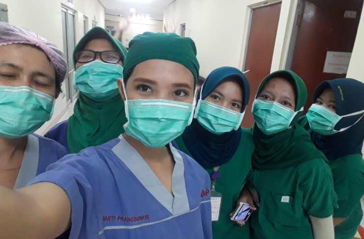 Kisah Seorang Perawat untuk Bantu Lawan Corona