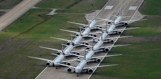 Penumpang Pesawat Menurun Drastis