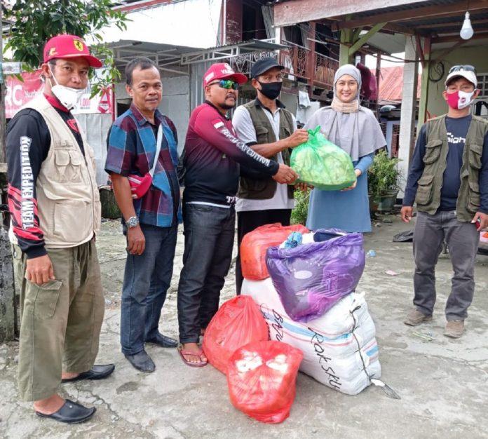 Rombongan Tim Peduli Bencana Masamba jamaah Masjid Nurul Tijarah Sinjai