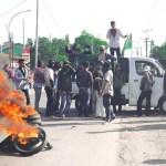 HMI Berunjuk rasa di depan kantor DPRD Takalar
