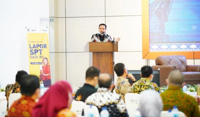 Talkshow DJP, Plt Gubernur Harap UU Cipta Kerja Dorong Perekonomian Sulsel