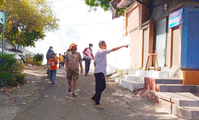 Antisipasi Penyebaran DBD, Kelurahan Biring Romang Fogging 9 Wilayah ORTnya Secara Swadaya