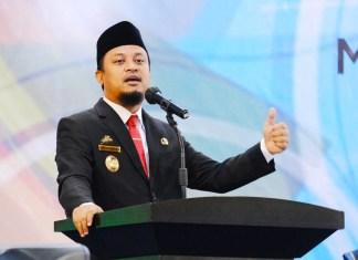 Plt Gubernur Dorong Wisudawan Buka Lapangan Pekerjaan Baru