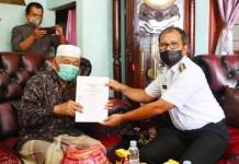 H. Idris Hibahkan 300 Meter Persegi Tanah Untuk Kantor Kelurahan Sudiang