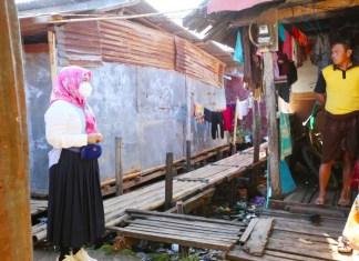 Wawali Fatma Sambangi Warga, Berikan Sembako dan Ingatkan Prokes